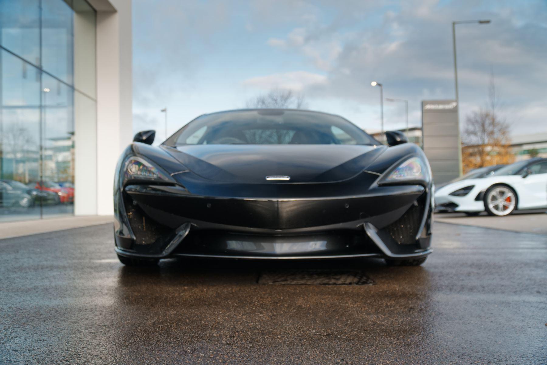 McLaren 570GT Coupe  image 12