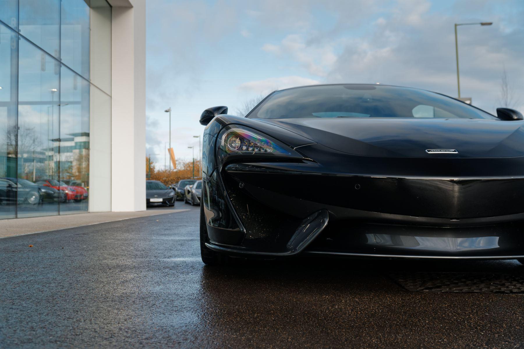 McLaren 570GT Coupe  image 13