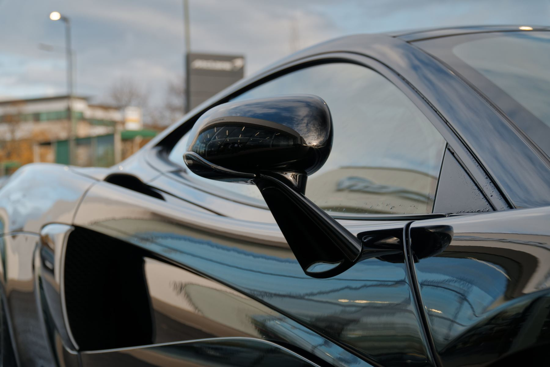 McLaren 570GT Coupe  image 15
