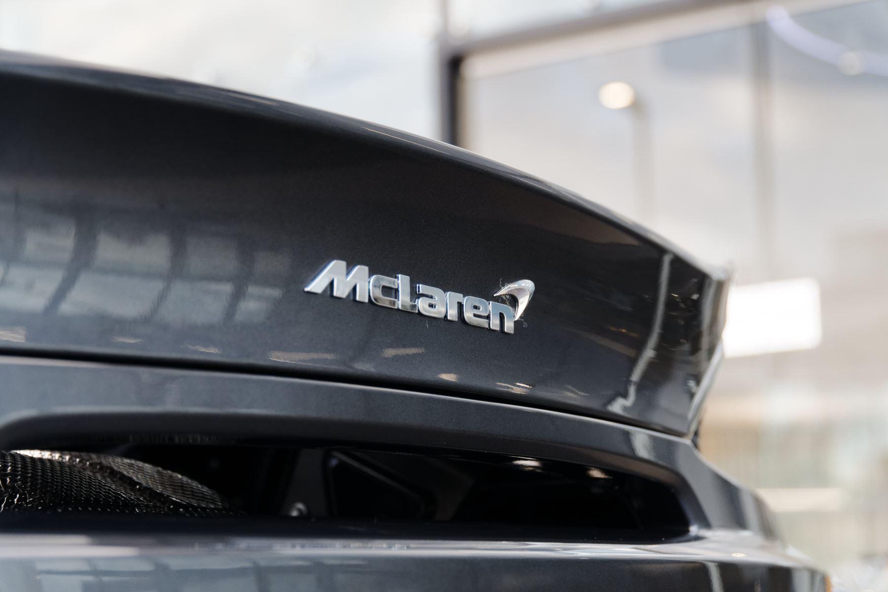 McLaren 570GT Coupe  image 20