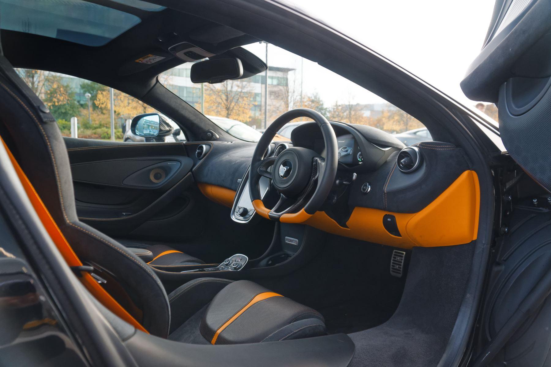 McLaren 570GT Coupe  image 22