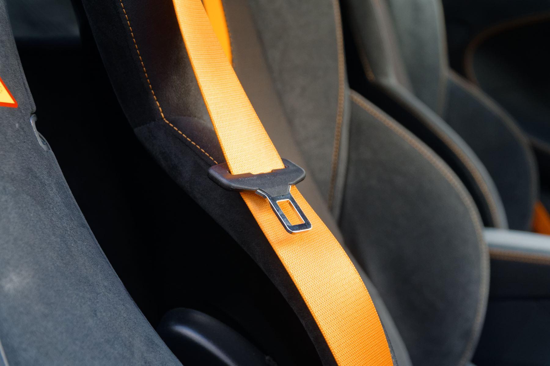 McLaren 570GT Coupe  image 28
