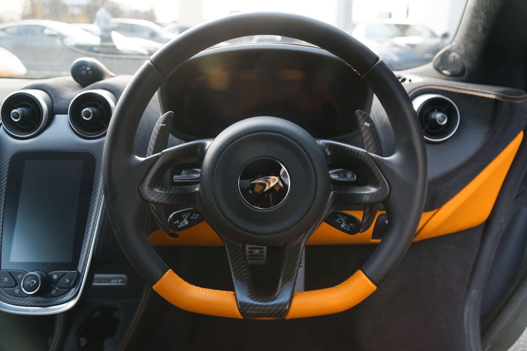 McLaren 570GT Coupe  image 29