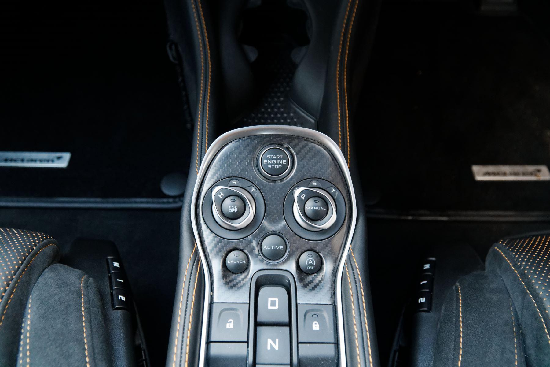 McLaren 570GT Coupe  image 38