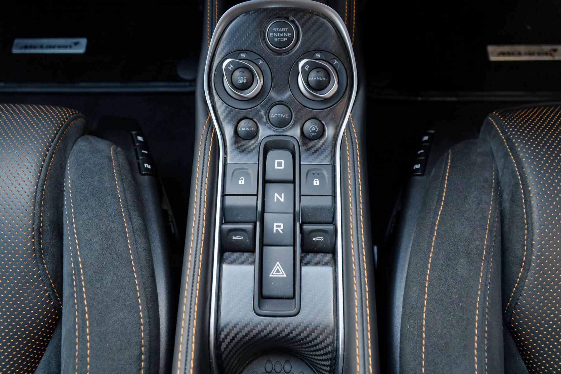 McLaren 570GT Coupe  image 39
