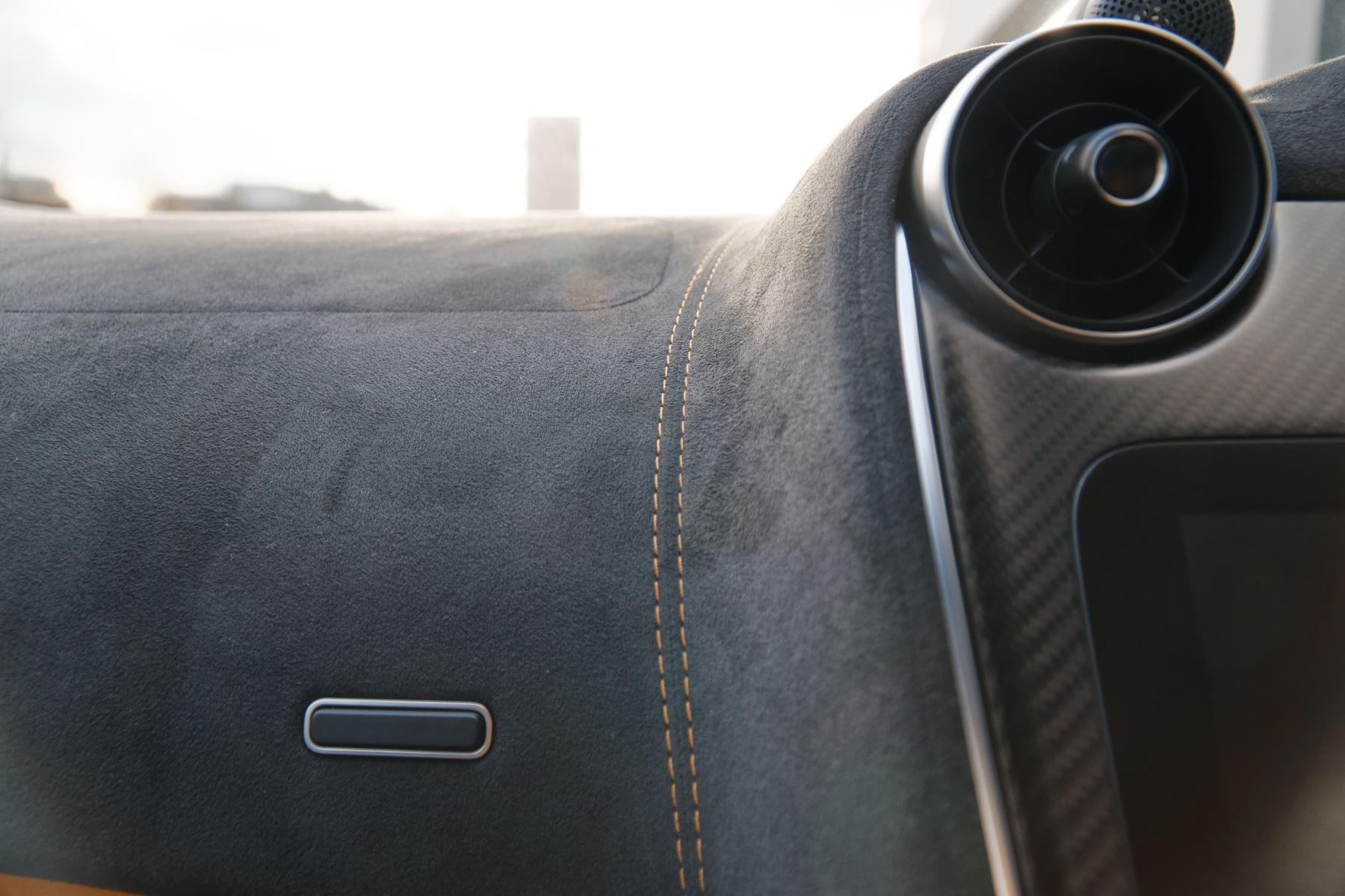 McLaren 570GT Coupe  image 43
