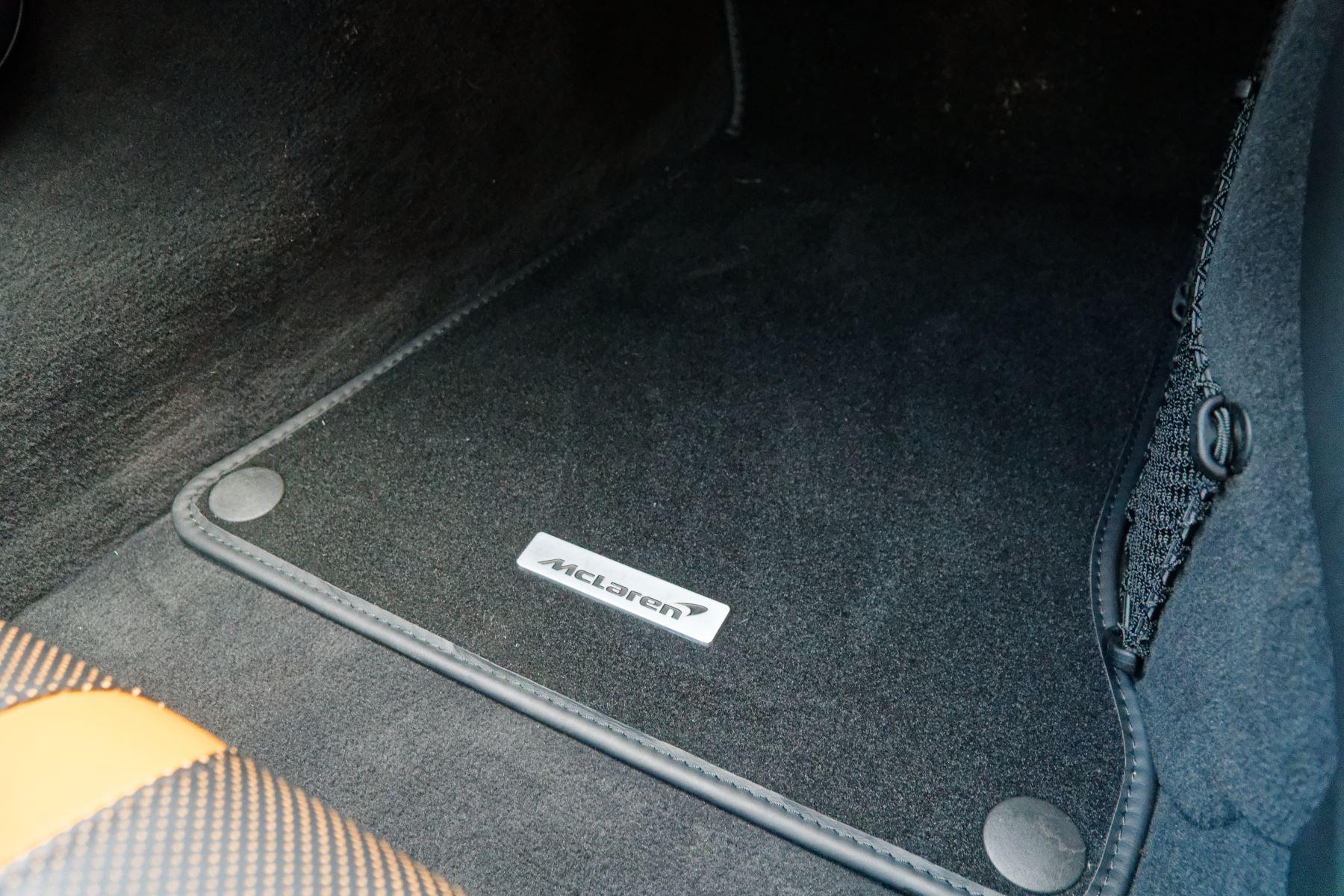 McLaren 570GT Coupe  image 46
