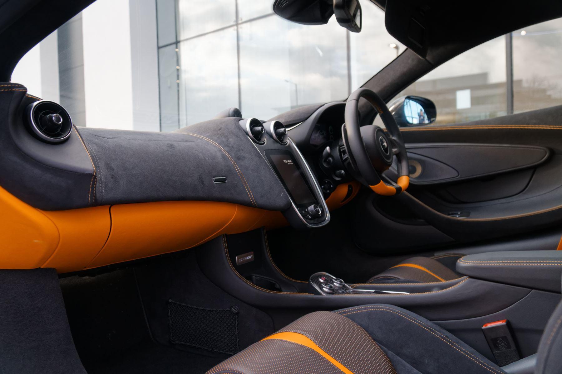 McLaren 570GT Coupe  image 47