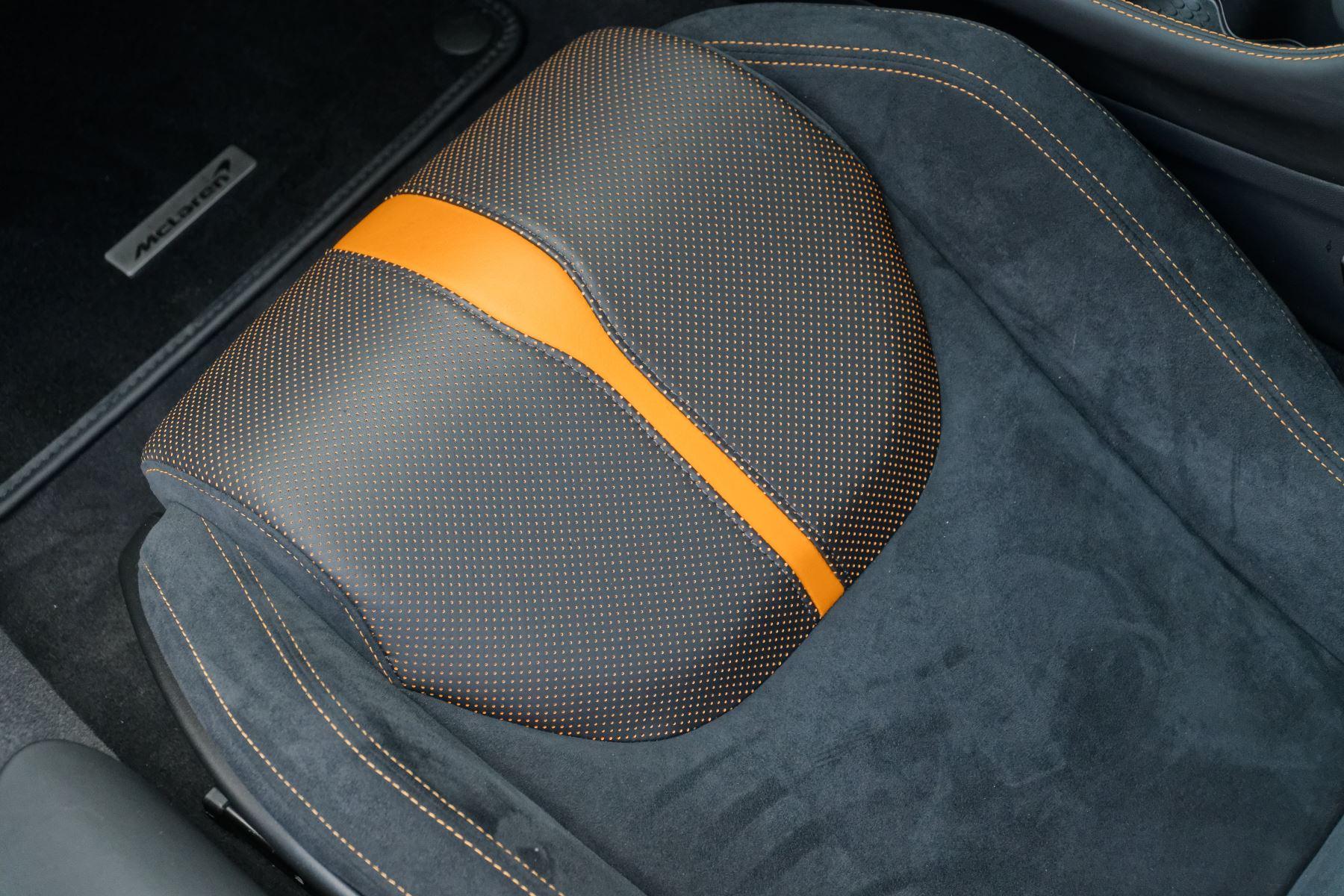 McLaren 570GT Coupe  image 49