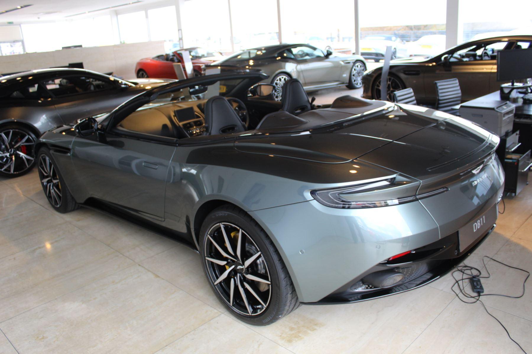 Aston Martin DB11 V8 Volante Touchtronic image 4