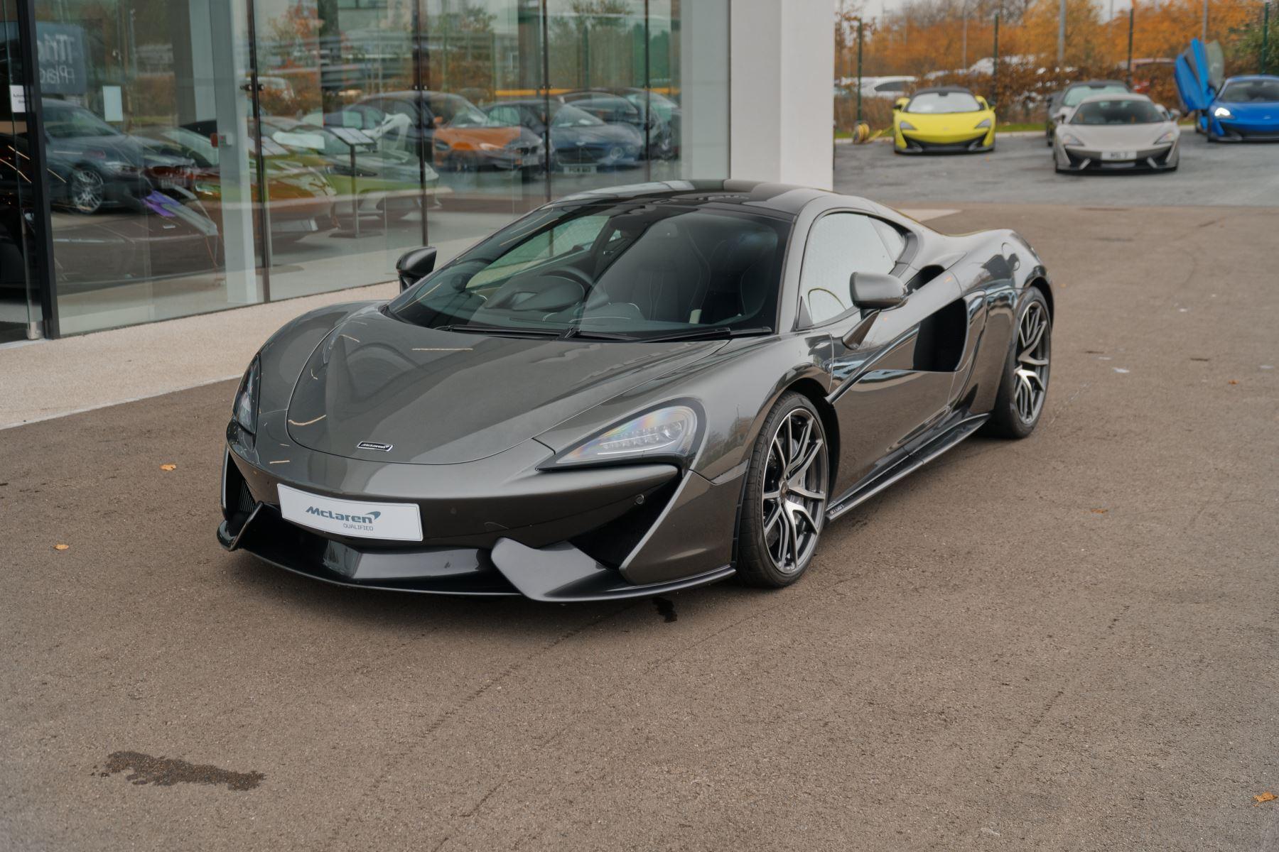 McLaren 570GT V8 2dr SSG 3.8 Automatic 3 door Coupe (2018) image