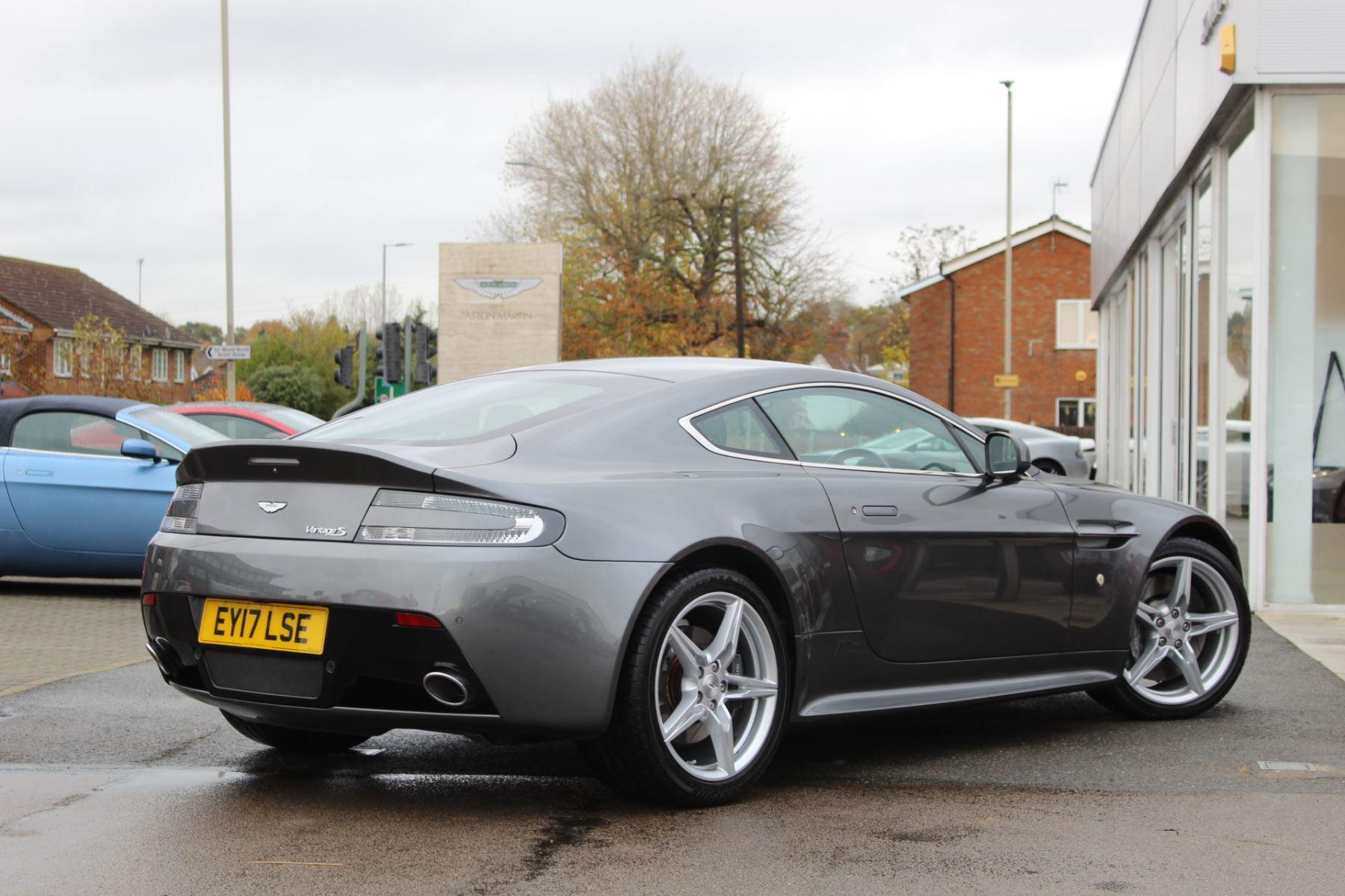 Aston Martin V8 Vantage S Coupe S 2dr Sportshift image 6