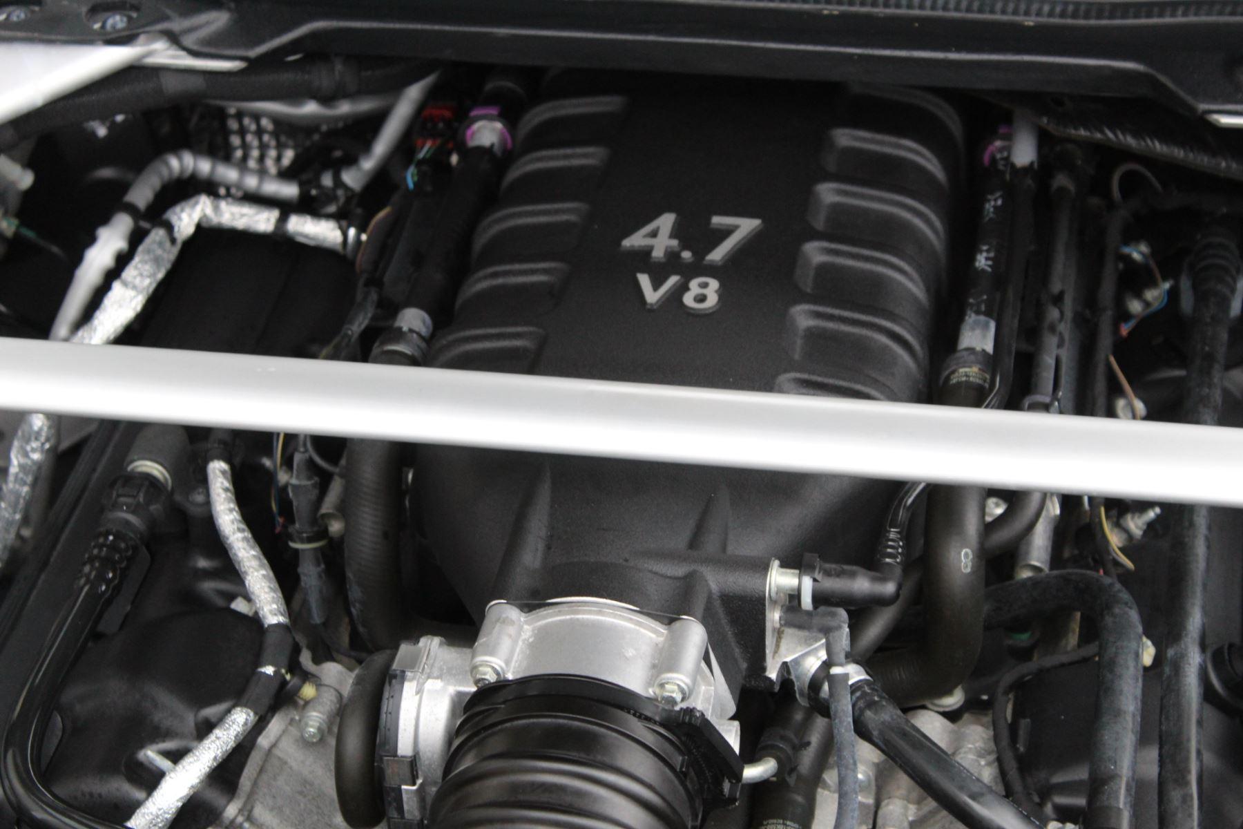 Aston Martin V8 Vantage S Coupe S 2dr Sportshift image 16