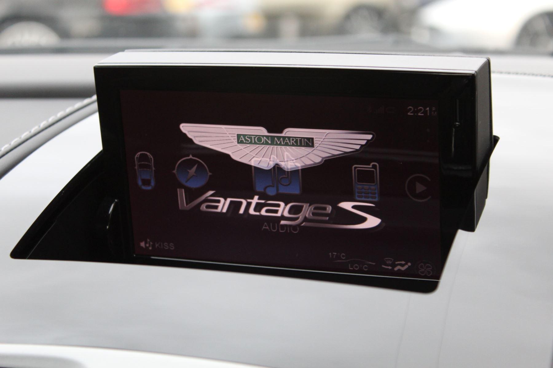 Aston Martin V8 Vantage S Coupe S 2dr Sportshift image 18