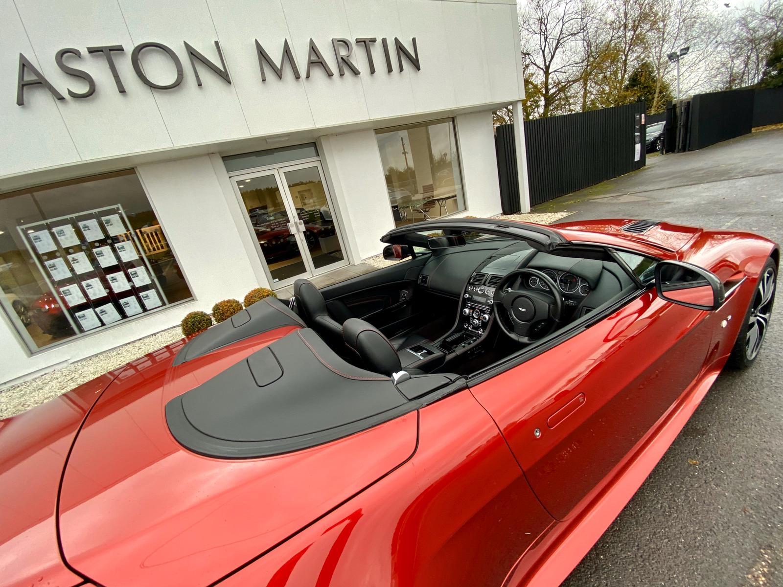 Aston Martin V12 Vantage S Roadster S 2dr Sportshift III image 11