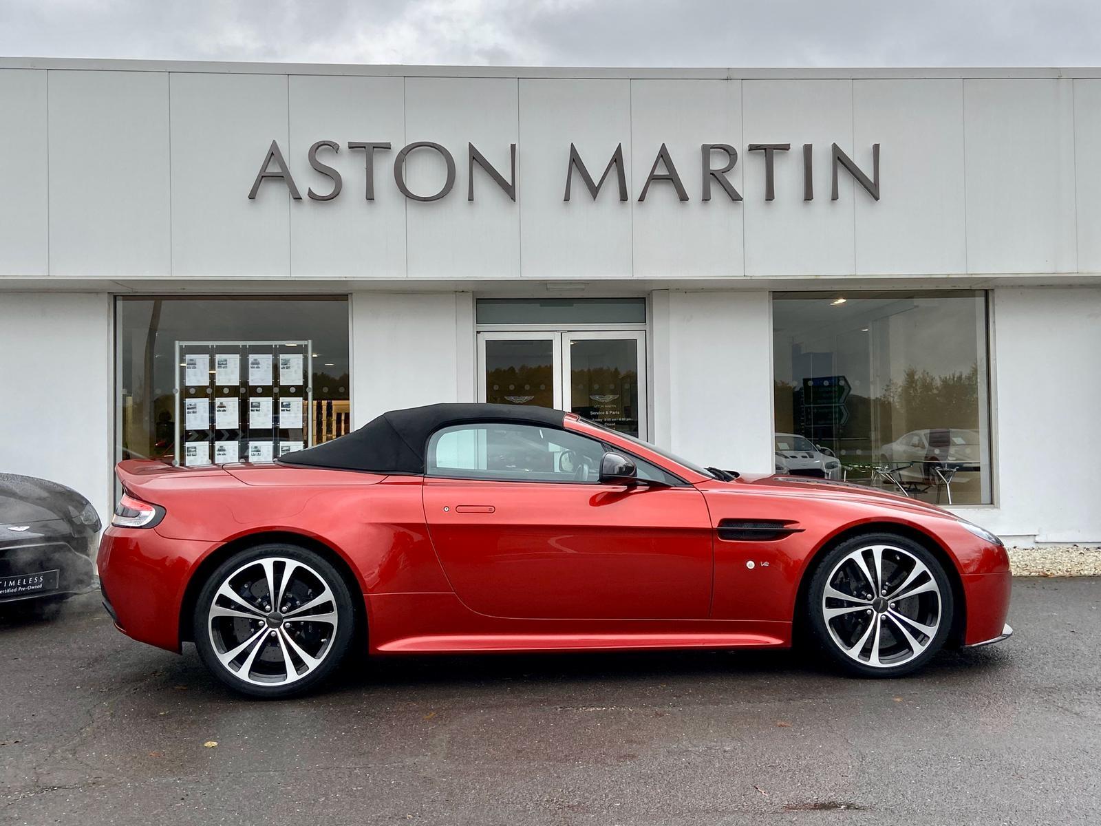 Aston Martin V12 Vantage S Roadster S 2dr Sportshift III image 5