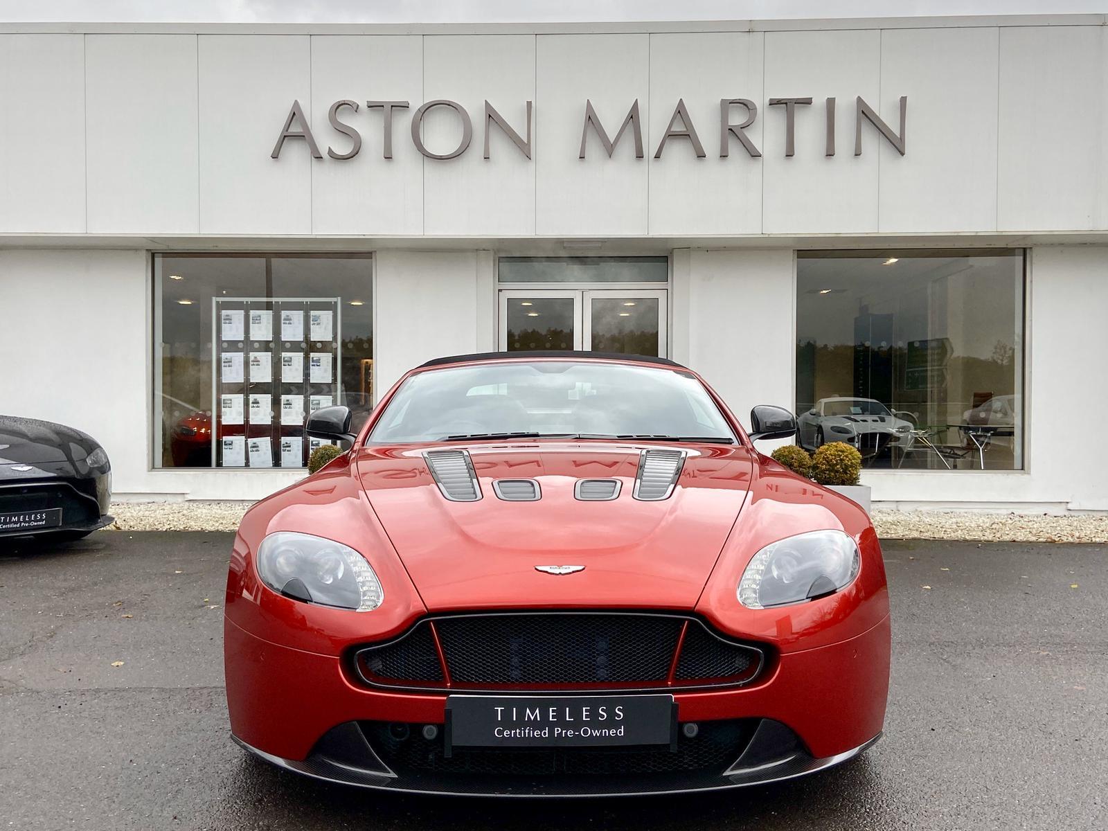 Aston Martin V12 Vantage S Roadster S 2dr Sportshift III image 2