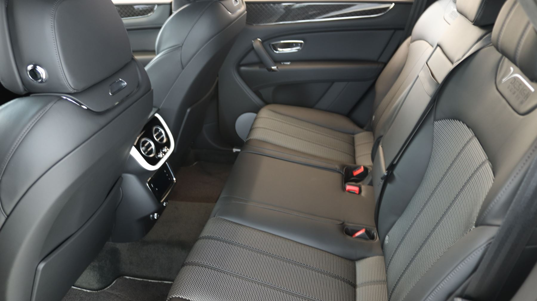 Bentley Bentayga 4.0 V8 5dr image 8
