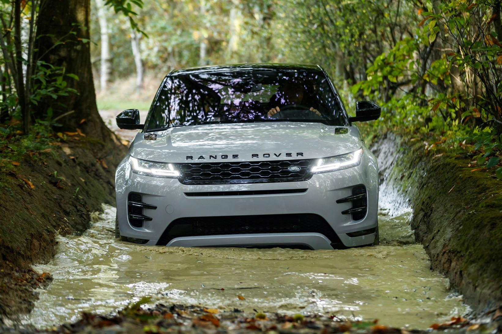 Land Rover Range Rover Evoque 2.0 D180 R-Dynamic SE 5dr Auto image 2