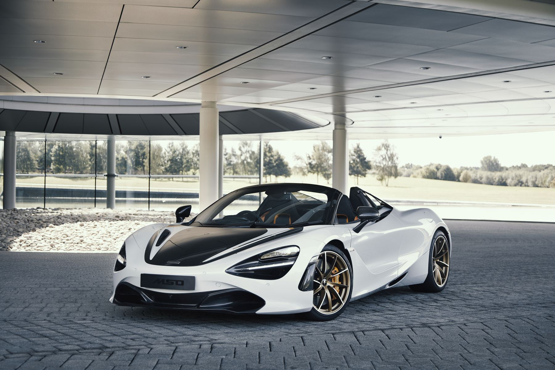 McLaren 720S Spider Performance Spider 4.0 Semi-Automatic 2 door Convertible (2019) image