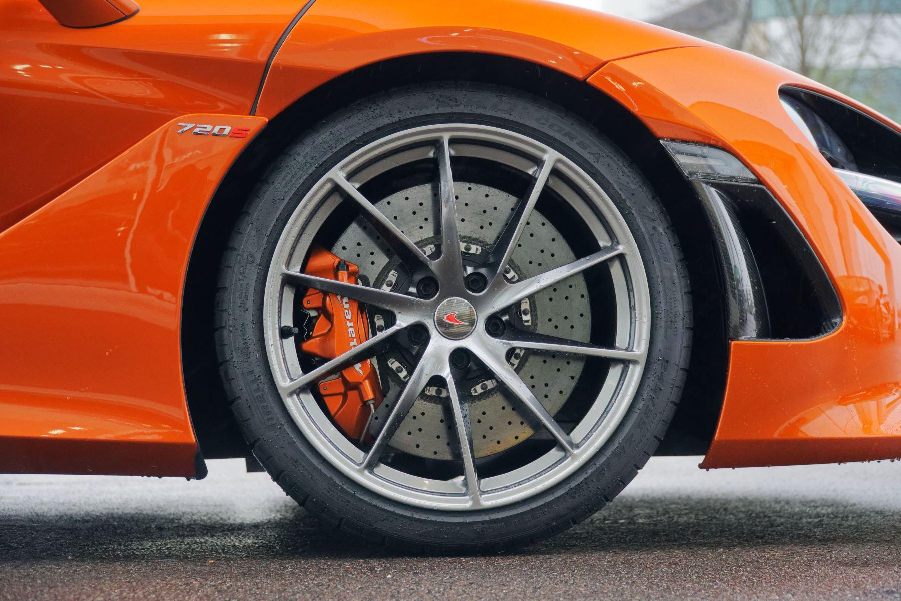 McLaren 720S Performance image 6
