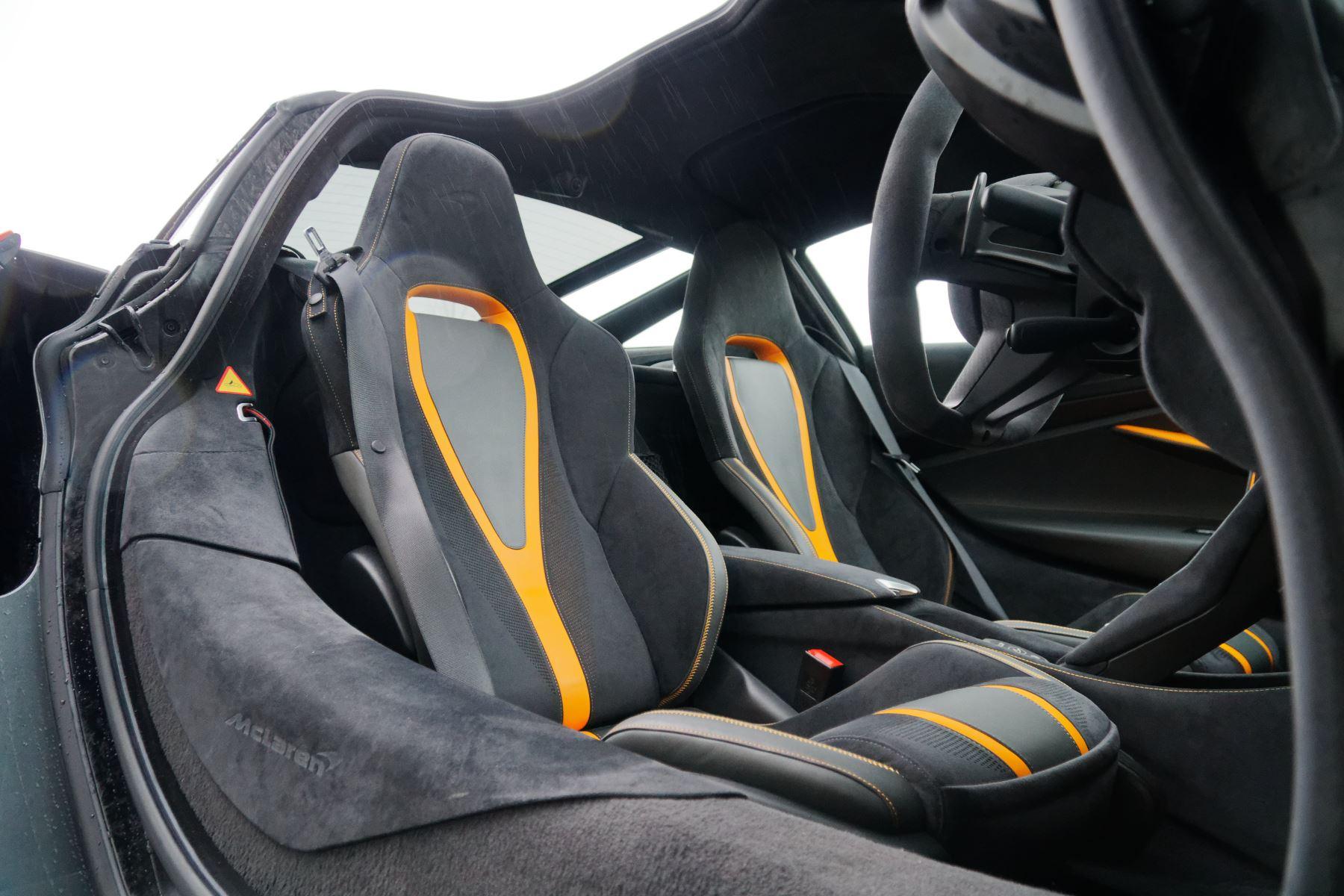 McLaren 720S Performance image 8