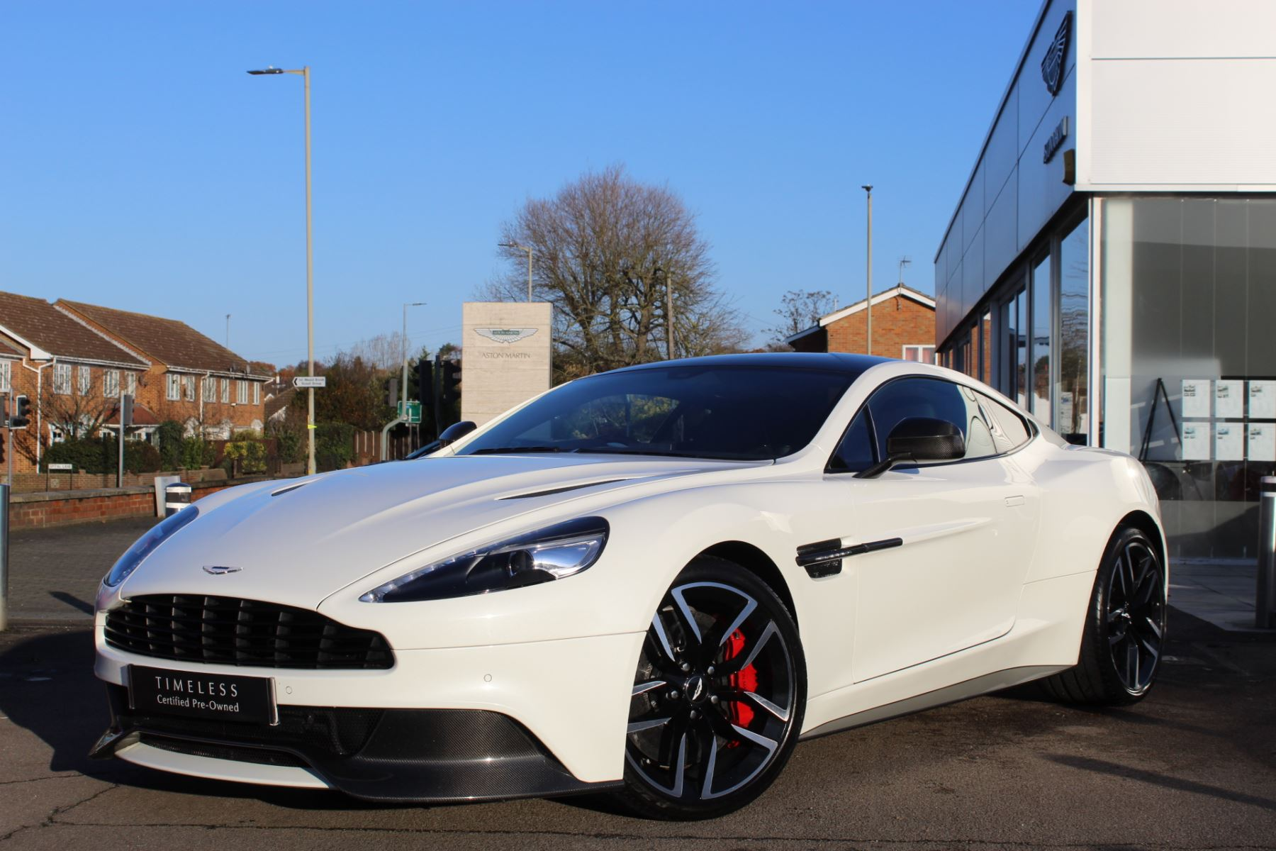 Aston Martin Vanquish Coupe  6.0 Automatic 2 door (2015) image