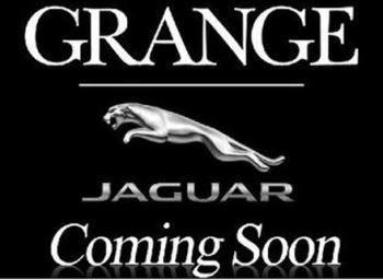 Jaguar F-PACE 2.0d Portfolio 5dr AWD Diesel Automatic Estate (2017) image