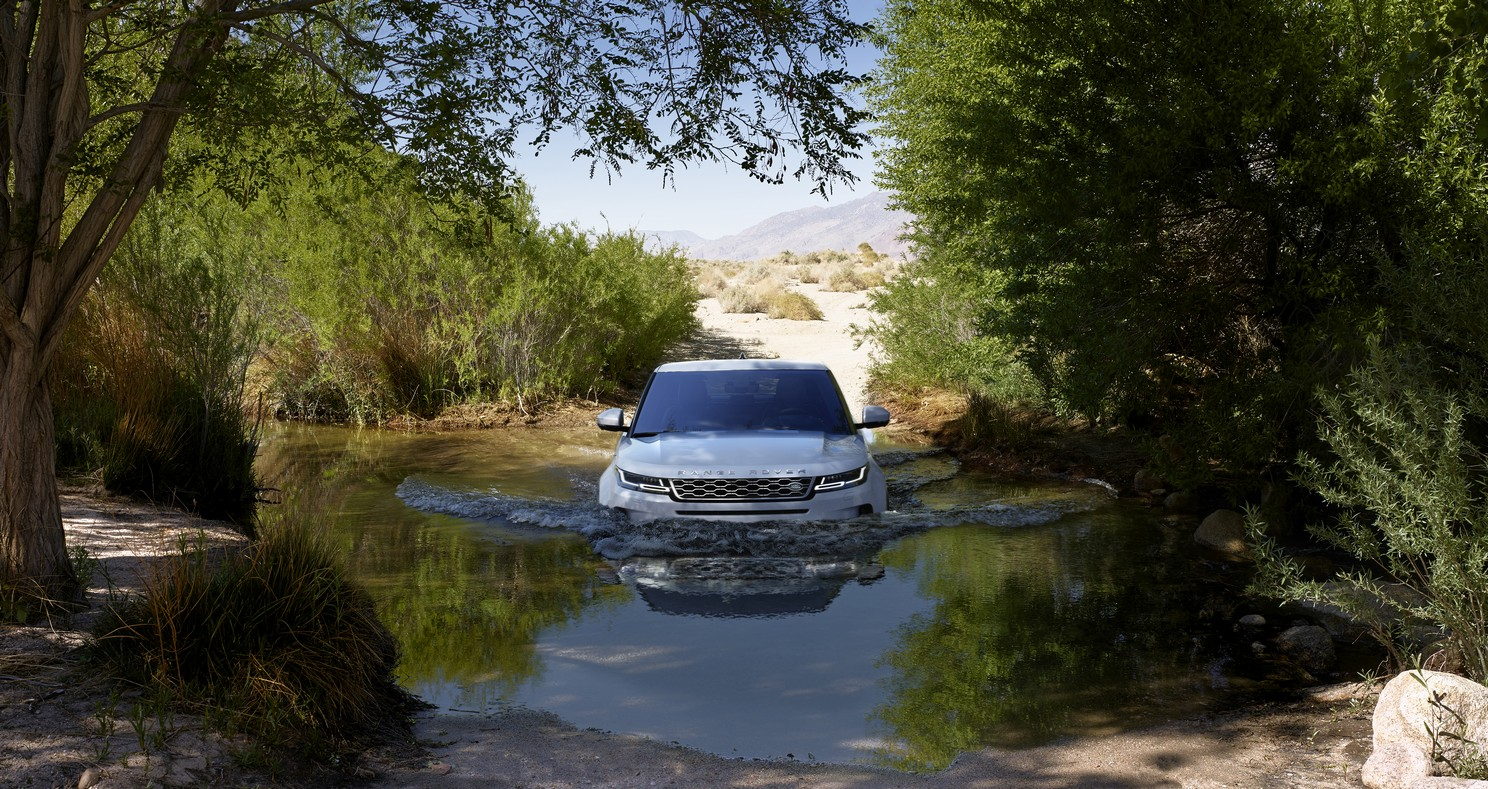 Land Rover Range Rover Evoque 2.0 D180 SE 5dr Auto image 13