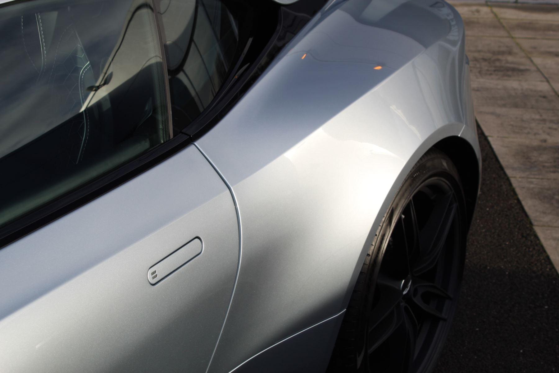 Aston Martin DBS Superleggera V12 2dr Touchtronic image 27