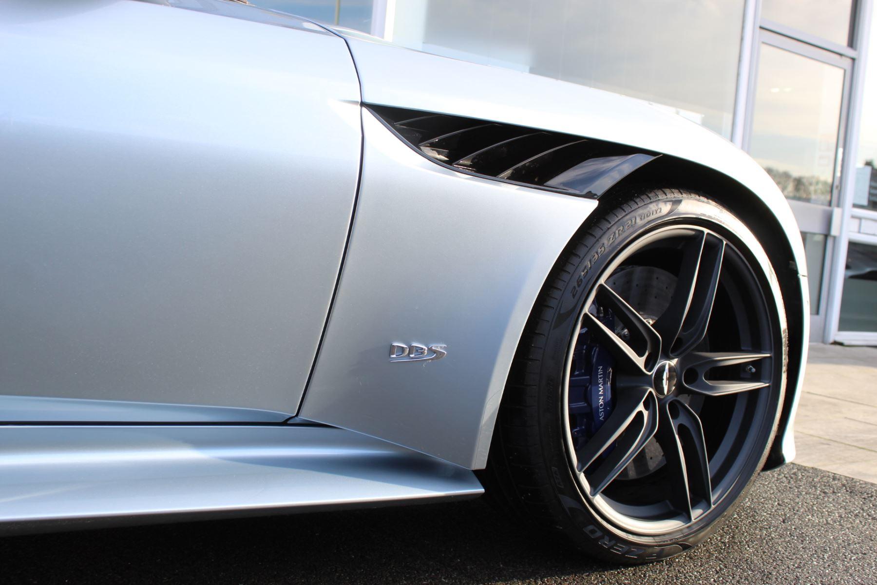 Aston Martin DBS Superleggera V12 2dr Touchtronic image 20