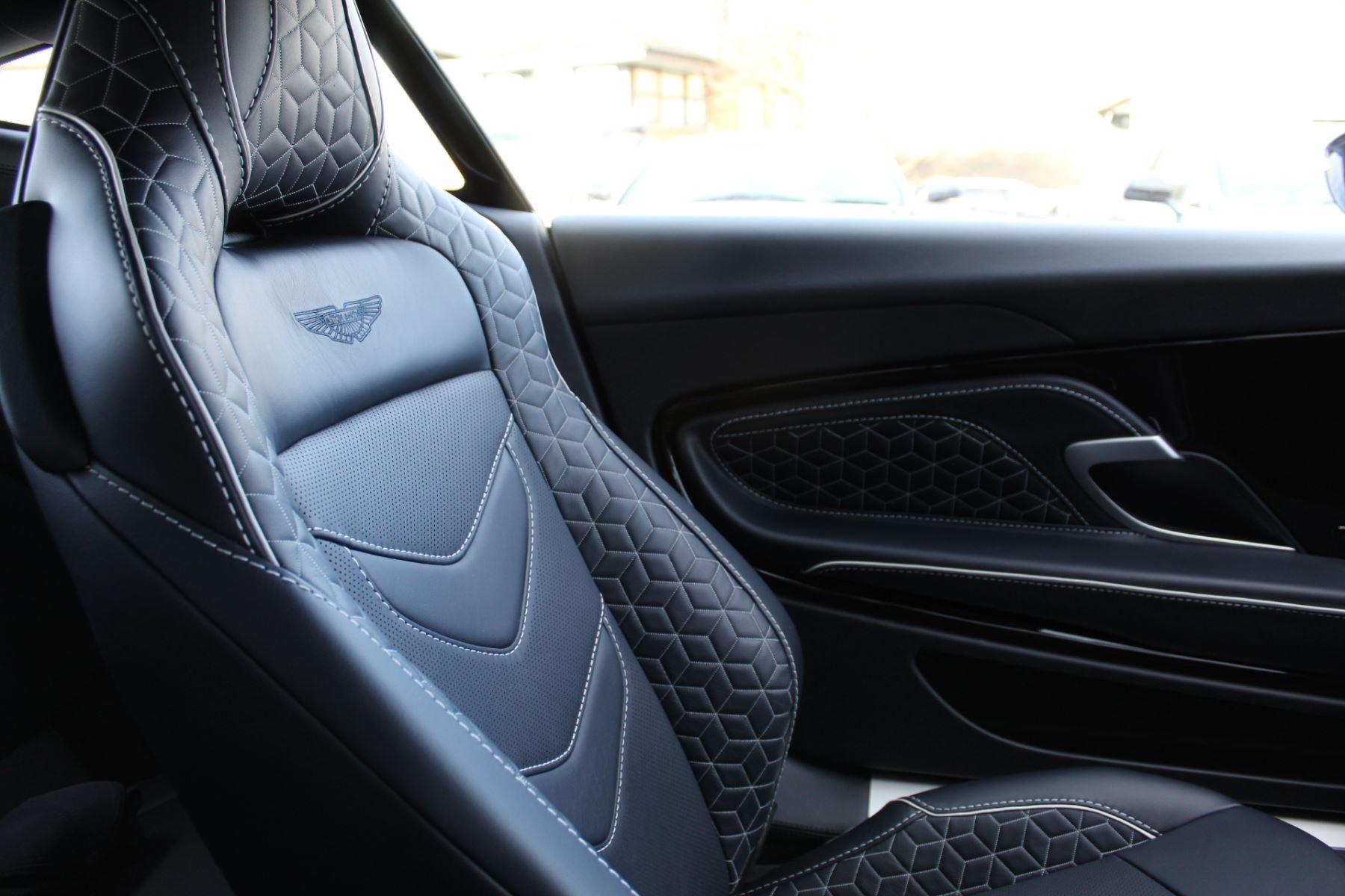 Aston Martin DBS Superleggera V12 2dr Touchtronic image 9