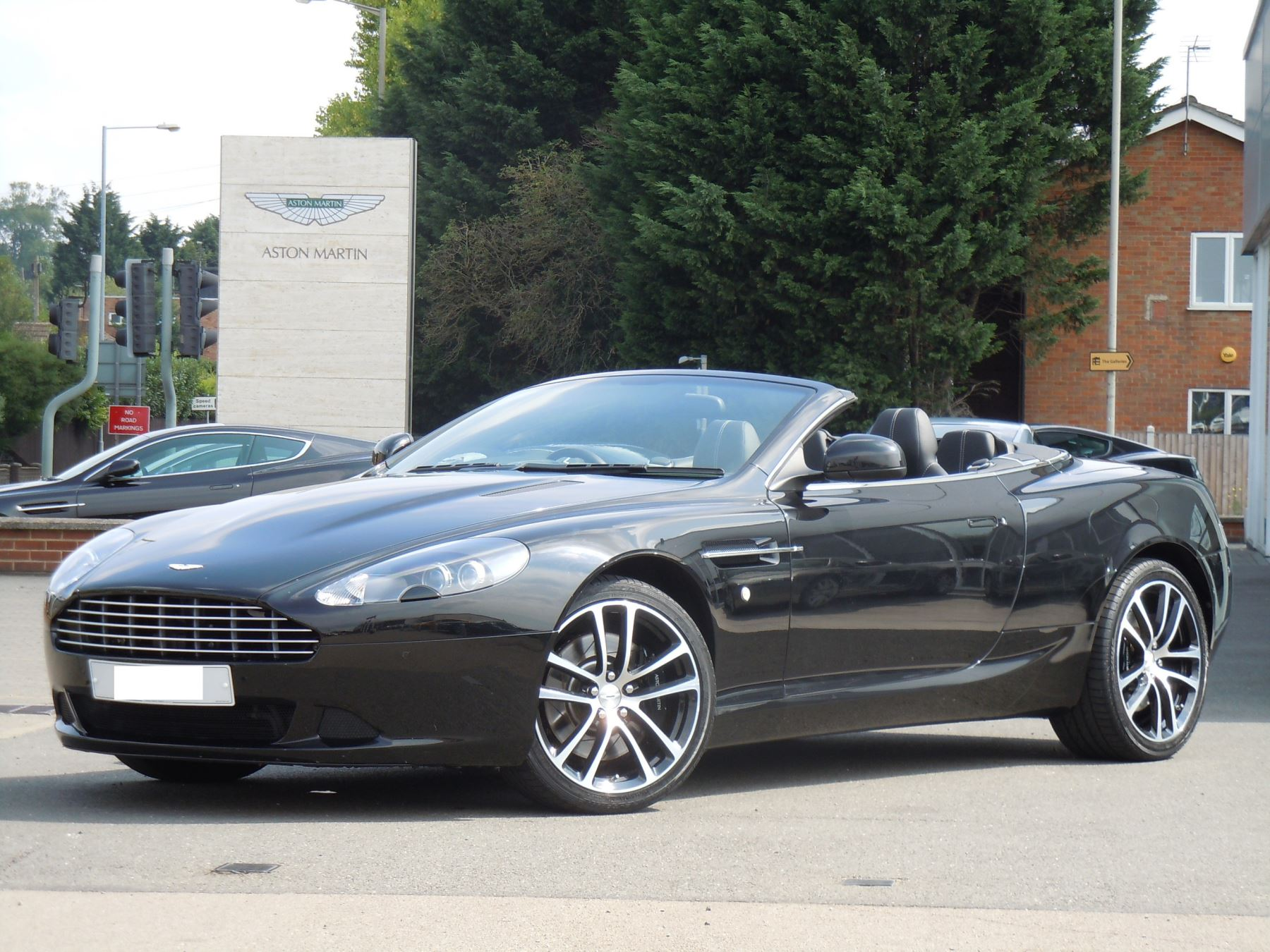 Aston Martin DB9 V12 2dr Volante Touchtronic [470] 5.9 Automatic Convertible (2012)