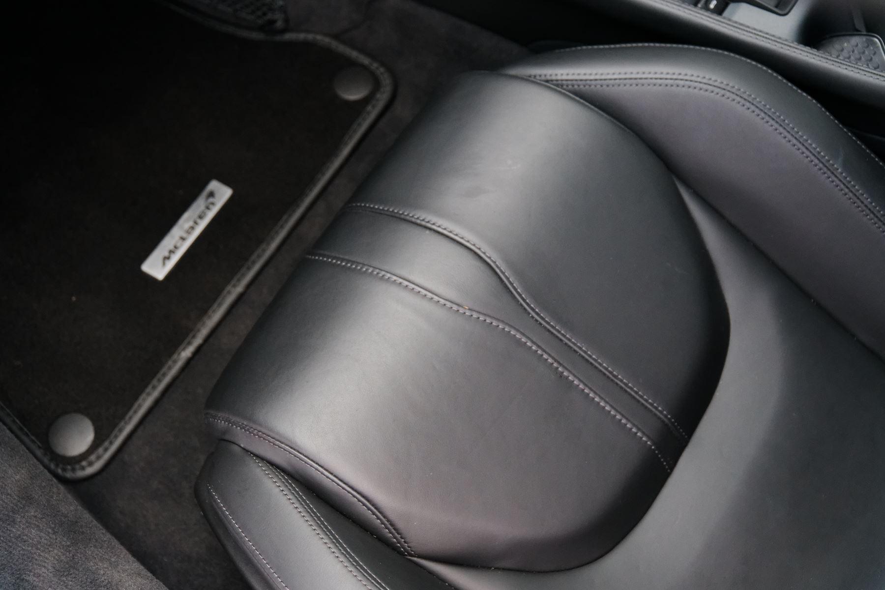 McLaren 570GT SSG 3.8  image 22