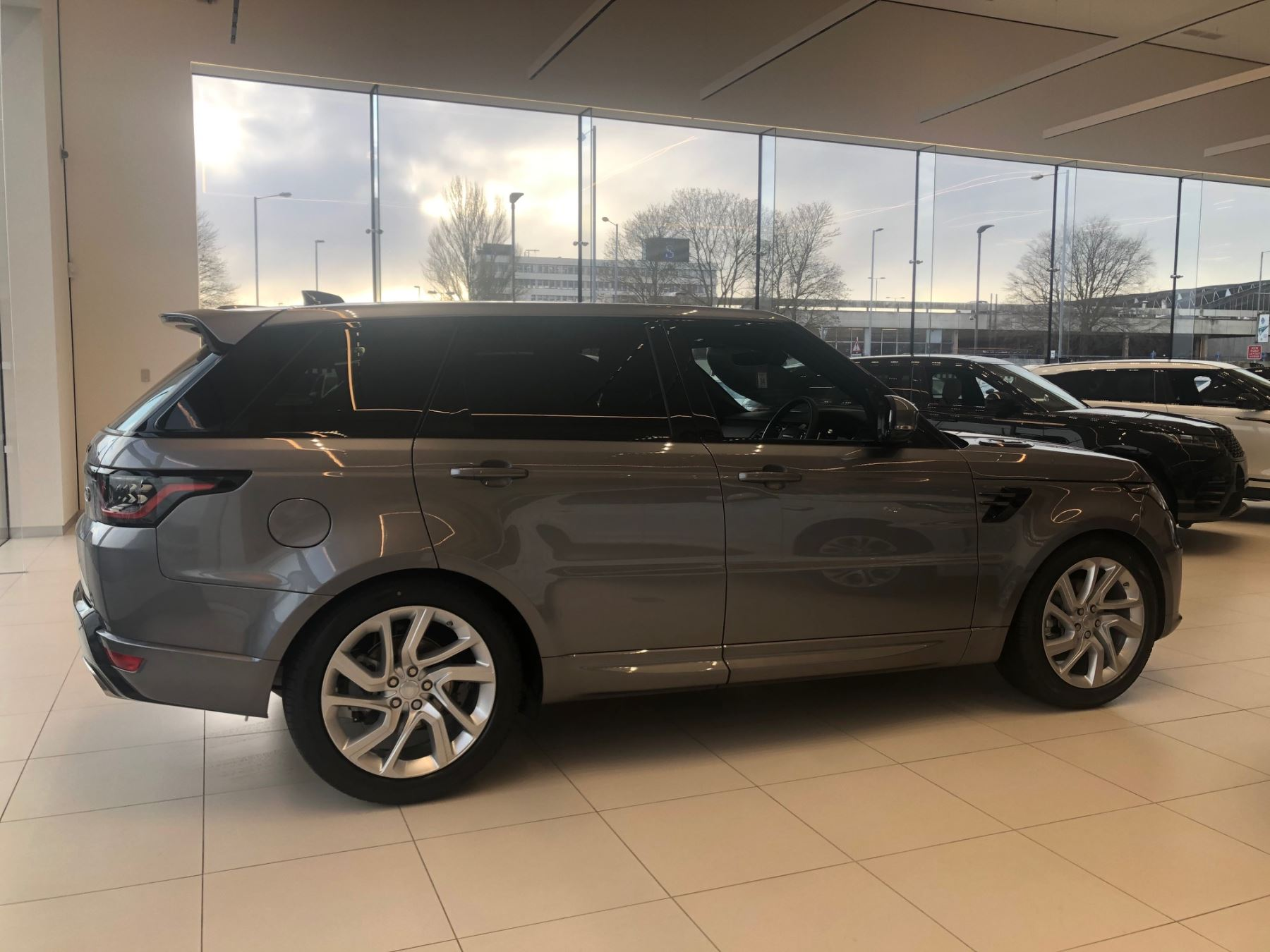 Land Rover Range Rover Sport 3.0 SDV6 HSE Dynamic (7 seat) image 6