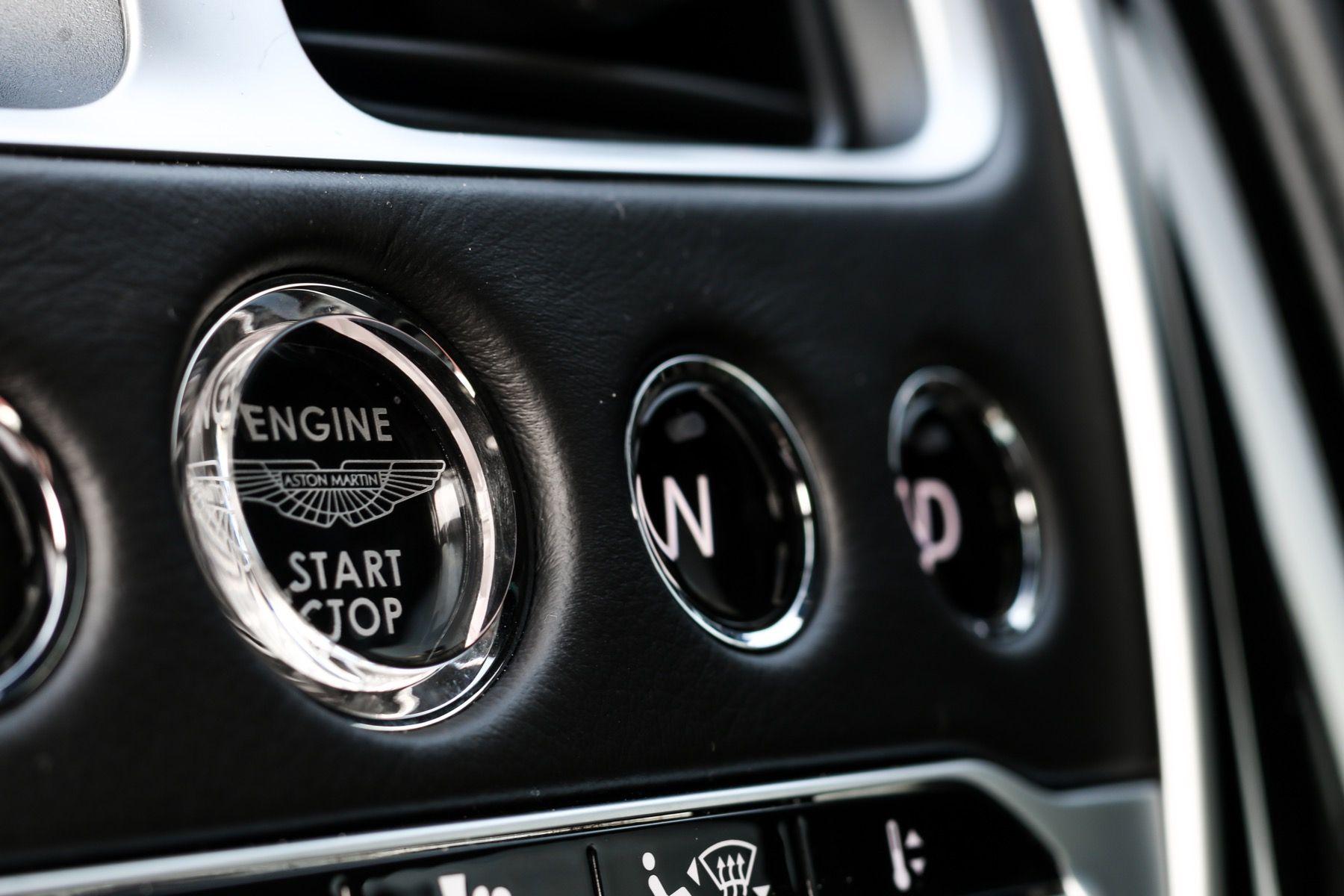 Aston Martin DBS V12 Superleggera 2dr Touchtronic image 29