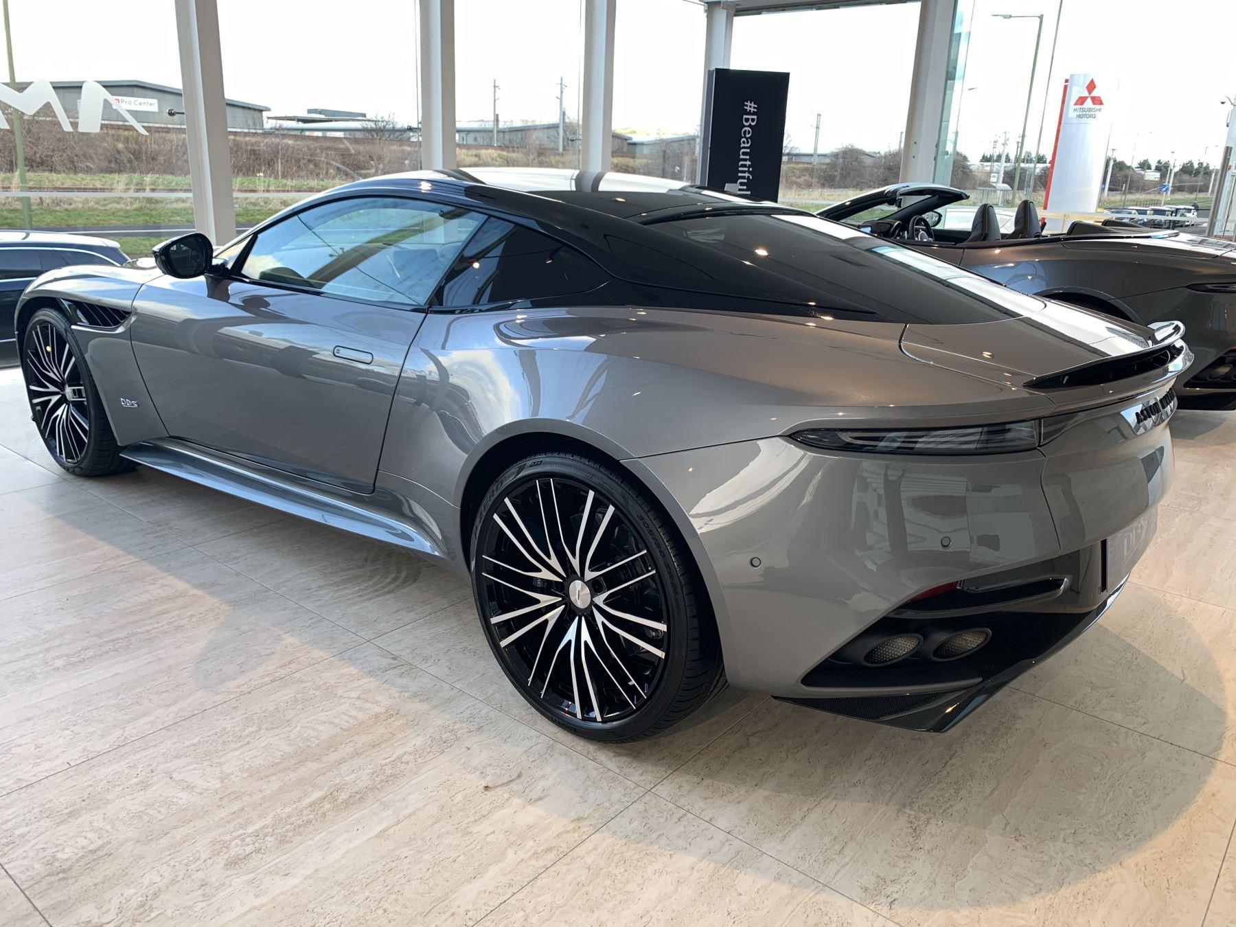 Aston Martin DBS Superleggera V12 Superleggera 2dr Touchtronic Auto image 2