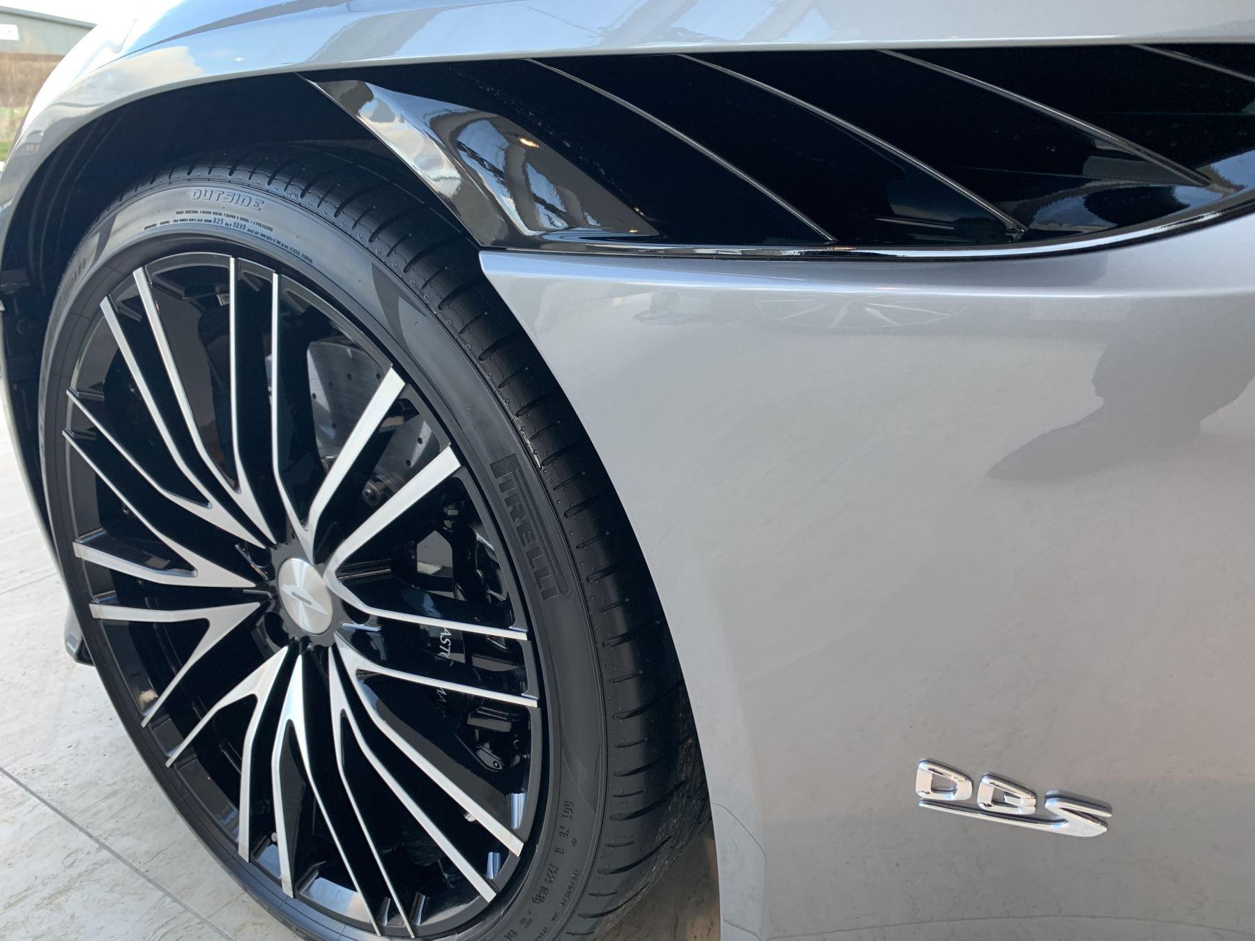 Aston Martin DBS Superleggera V12 Superleggera 2dr Touchtronic Auto image 4