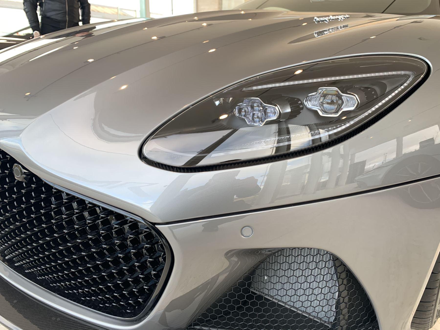 Aston Martin DBS Superleggera V12 Superleggera 2dr Touchtronic Auto image 3