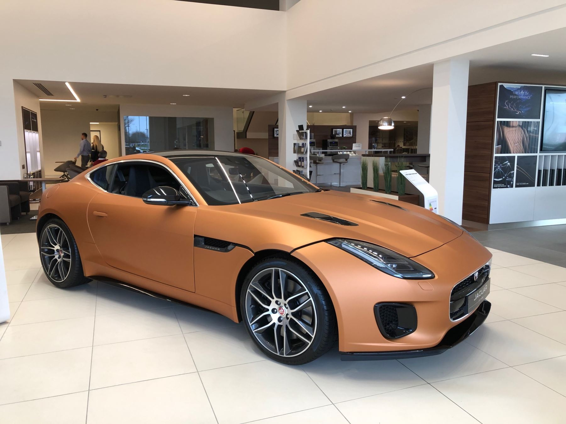 Jaguar F-TYPE 3.0 380 Supercharged V6 R-Dynamic AWD image 5