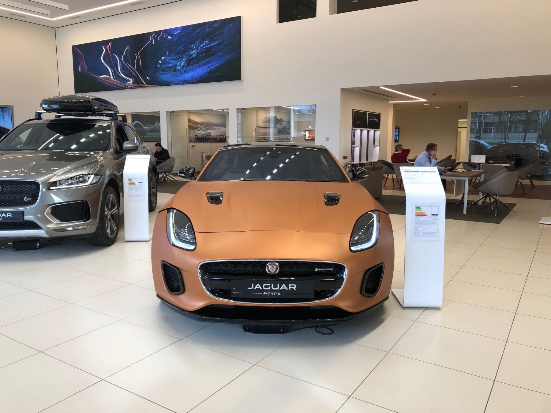 Jaguar F-TYPE Coupe 3.0 [380] Supercharged V6 R-Dynamic 2dr Auto AWD *MANAGERS SPECIAL* Automatic Coupe (2019) image