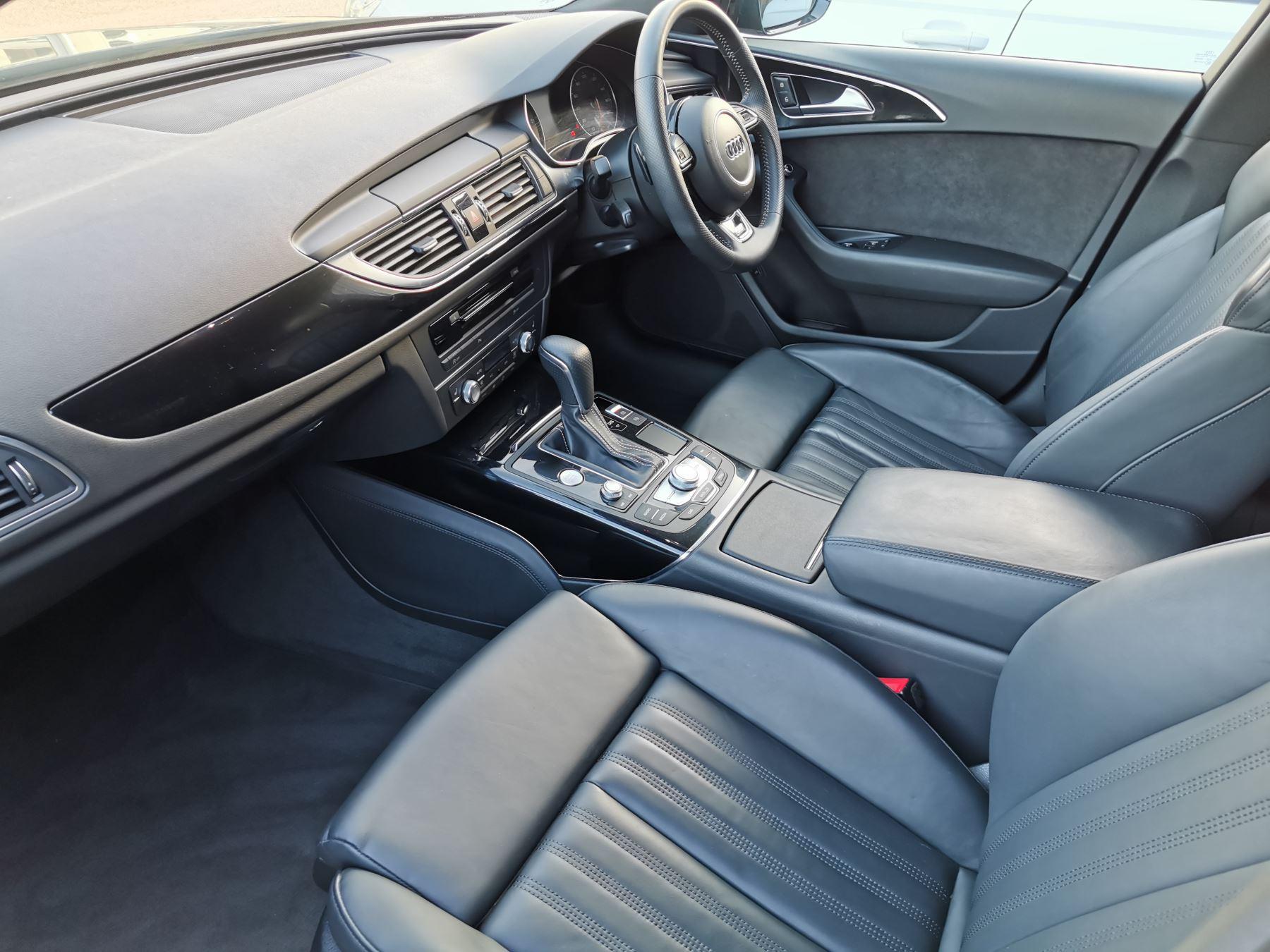 Audi A6 2.0 TDI Ultra Black Edition S Tronic image 9