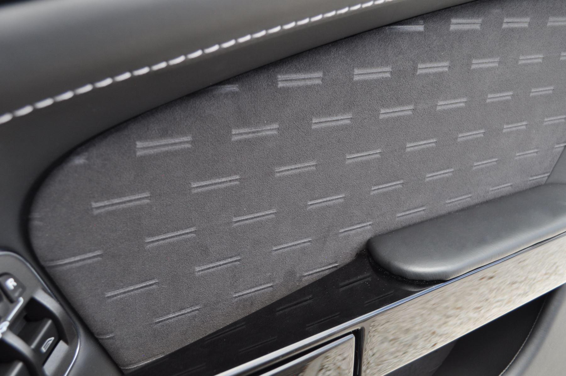 Aston Martin Vantage N430 2dr image 21