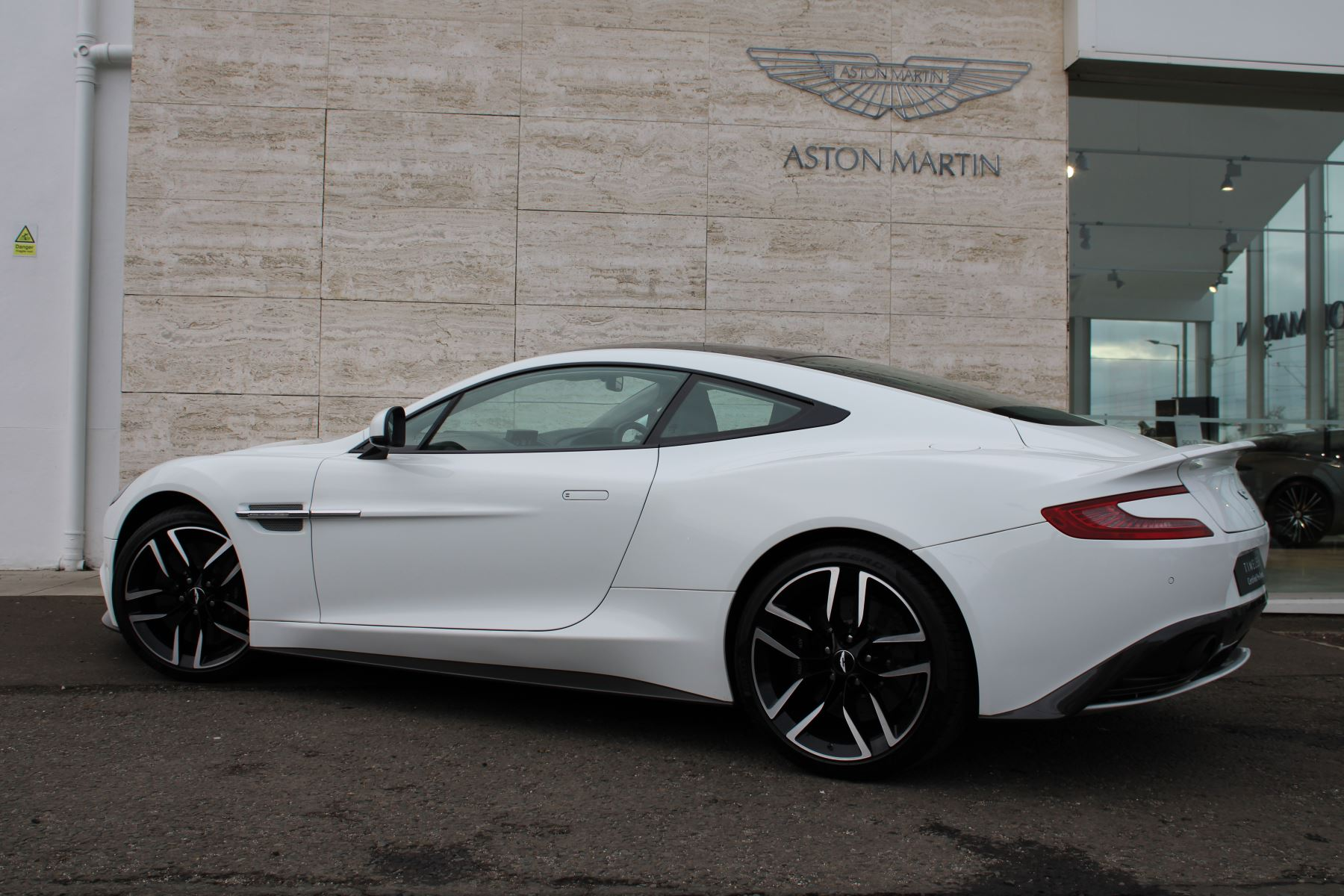 Aston Martin Vanquish V12 [568] 2+2 2dr Touchtronic image 20