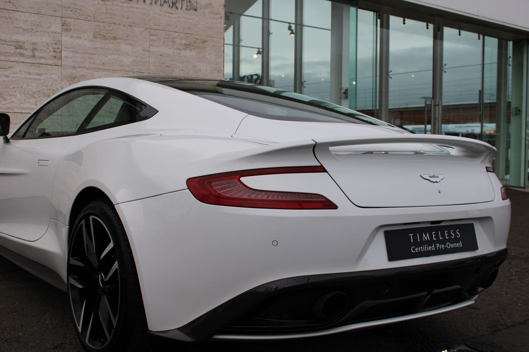 Aston Martin Vanquish V12 [568] 2+2 2dr Touchtronic image 19
