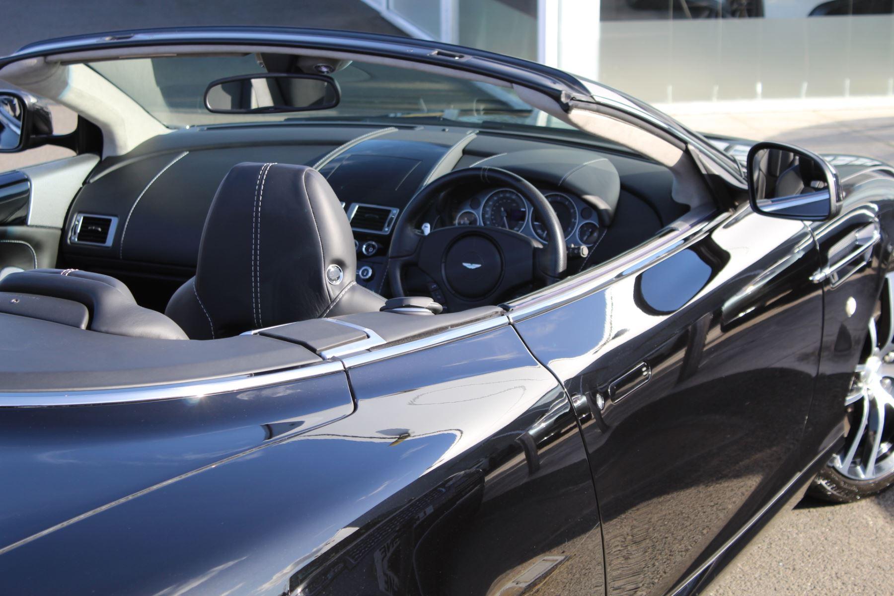 Aston Martin DB9 V12 2dr Volante Touchtronic [470] image 26