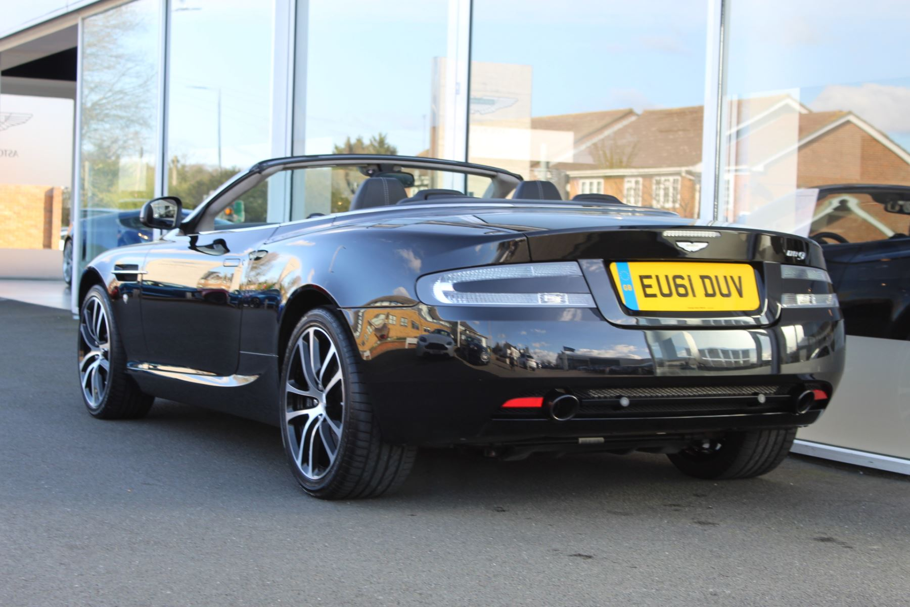 Aston Martin DB9 V12 2dr Volante Touchtronic [470] image 18