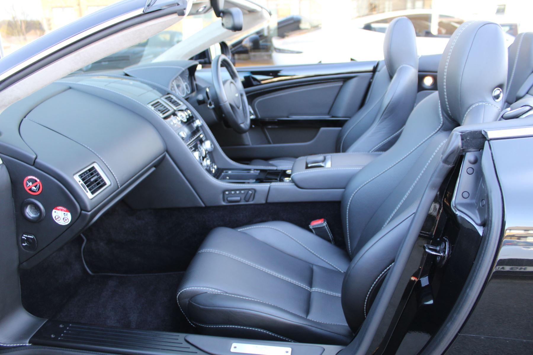 Aston Martin DB9 V12 2dr Volante Touchtronic [470] image 10