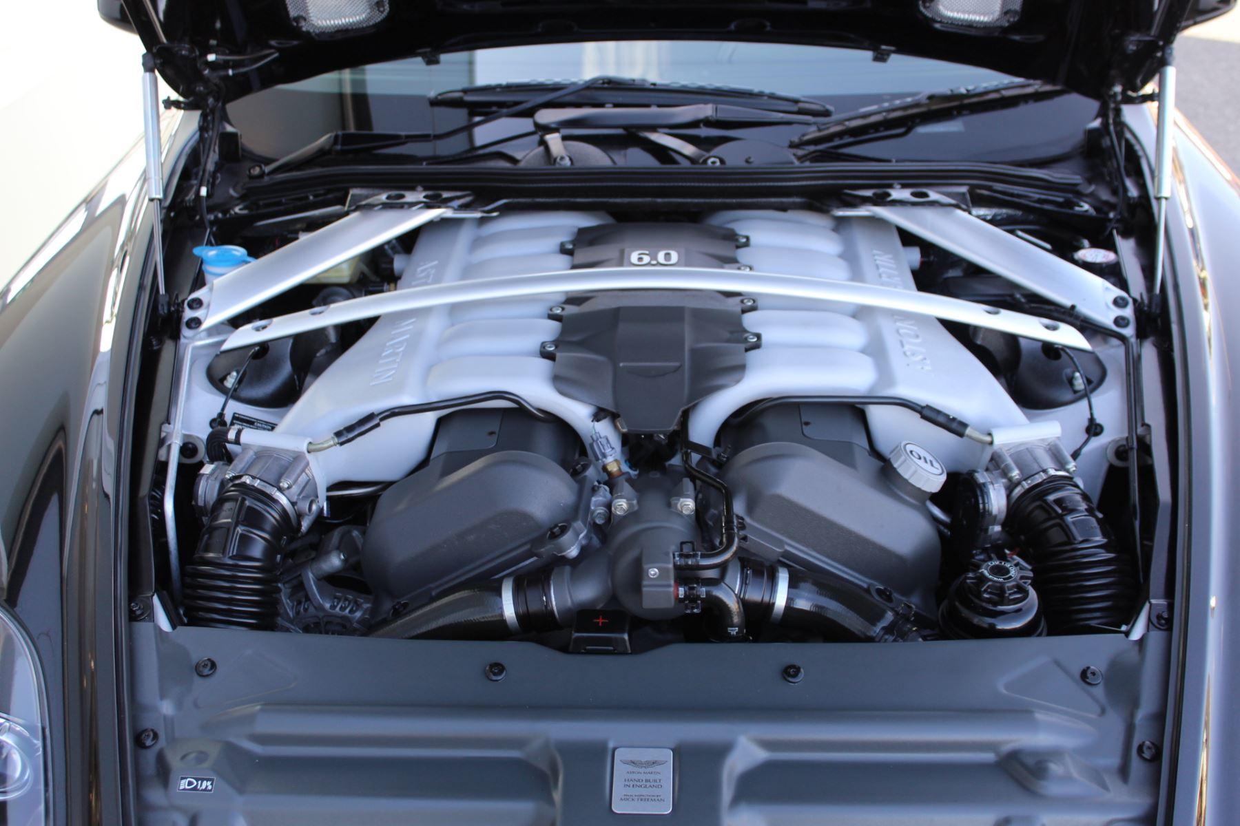 Aston Martin DB9 V12 2dr Touchtronic [470] image 22