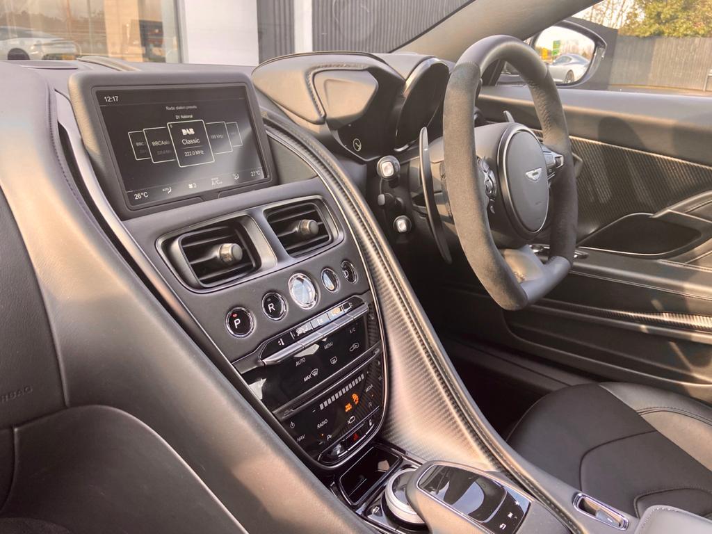 Aston Martin DBS V12 Superleggera 2dr Touchtronic image 18